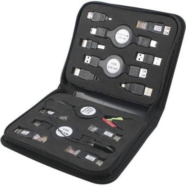 Kabelväska med utdragbara kablar och adaptrar.