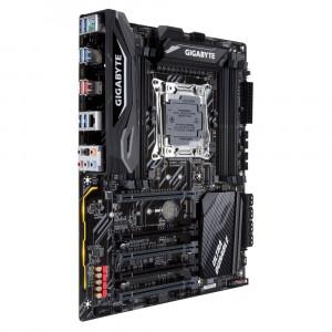 Moderkort Gigabyte X299 UD4 Pro Intel X299 LGA 2066 ATX moderkort